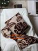 贵阳礼品,泰国麻植绒抱枕被0元80元 至 100元 之间的礼品