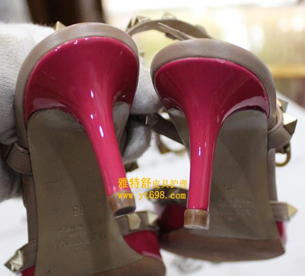 华伦天奴粉色漆皮鞋后跟补伤对比图补伤后