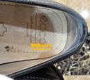 爱步(ECCO)磨砂皮鞋保养后鞋帮补洞对比图