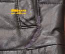 棕色皮衣补洞保养对比图(破口被用线缝补后救治)