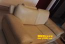 世纪城浅色欧式沙发保养前后对比图