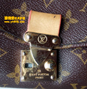 路易威登(LV)皮包换包锁扣件护理对比图