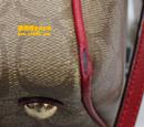 蔻驰(COACH)棕红色皮包补洞护理图