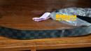 路易威登(LV)皮带弯曲变形拉直油边护理